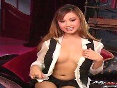 Gorgeous asian ha sesso hardcore