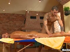 Vild homo massage session med hes analt ridning