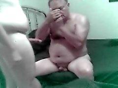 Mogna grandpa farsan björn plays yngre dotterson