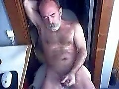 Old man cumming for the webcam