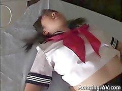Japanilainen koulutyttö upskirt julkisessa part2