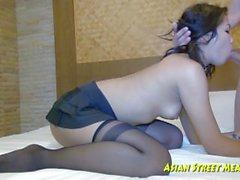 Jiggly Titties ile Taze temiz Taylandalı Kız