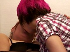 kotivideo amatööri amatööriporno privavideo nuoripari pariskunta harrastaa