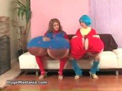 Geile meiden Vanessa en Rina spelen