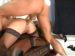 Dutch brunett MILF Sex