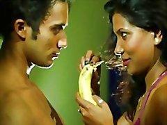 la esposa indian engañando marido