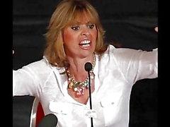 Sfida di Jerk Off di Alessandra Mussolini
