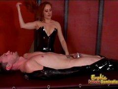 Troia Mistress Gemini si diverte piacere la di un i tizi palpitante