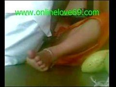 Desi Bhabi rapida cazzo - onlinelove69