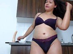Creampie Latina se masturbar ao vivo em