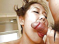 Японская женщина насладиться баня