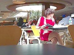 Pieni punainen mekko