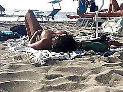 Libertine Milfs italienne topless