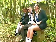 Adolescente da britânico Sluts 3some