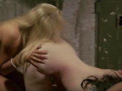 Sarah Hunter em Vampiros Eróticos de Beverly Hills (Todas as Cenas de Sexo)