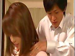 relações sexuais durante pequenino asiática pechugón e de um gajo