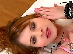 redheadkuva söpö leikkii kusipää