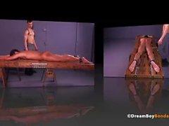 Slim sculacciato Giovani succhia cazzo Whipping BDSM Gay Bondage DreamBoyBondage