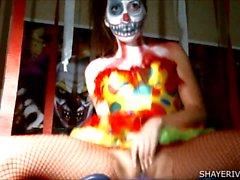 Shaye Rivers Halloween pagliaccio di Masturbazione