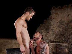 Stor kuk gay oralsex med cumshot