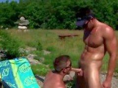 Pornstar canadian certified meat stud trystan bull gets blown