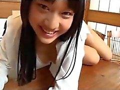 Studentessa Giappone prende in giro