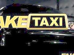 FakeTaxi - Сексуальная черная птенец дает реванша сексом