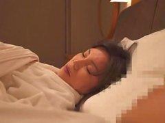 One Night Mamá e hijo en el hotel
