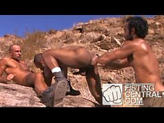 Amazing Fisting 3some, outdoors, Arabian