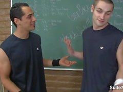 Handsome Jocks Jean Val Jean, Lance Howard mit Analsex im Klassenzimmer