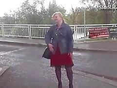 Busty Seksi anneler cek taksi Sabit sikikleri