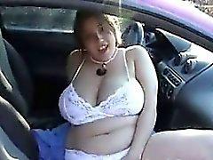 Amateur Gordas y Bellas Masturbating A Su Coche