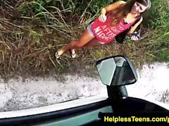 helplessteens Piper Perri binmek kaba açık esaret alır için yalvarır