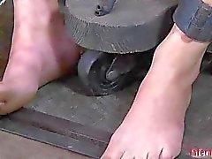 Wet partir la tortura salaces