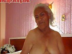 Büyük bir memeler ve büyük Eski latin amateur büyükanne