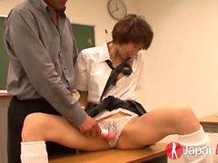 Akina Hara orgazm bir ders alır ve sınıftır