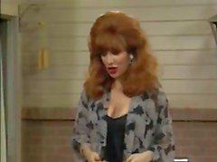 Christina Applegate ja hänen terhakka tissit !