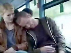 Garota tesão na bus