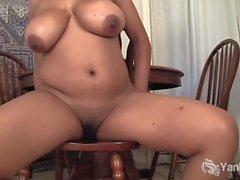 Chubby Natalia masturbación