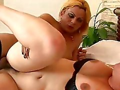 Shemale Adma Hirkma Fucking A Chubby Milf