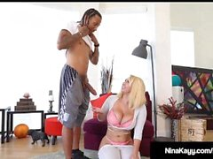 Big Booty Bébé Nina Kayy Gets Big Black Cock Yoga stretch!