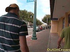 Homosexuell Twink Sucks Zu an der Straße Teil 2
