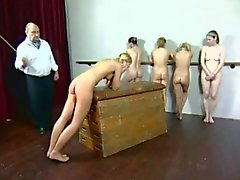 Freaks of Nature 146 Heavy Caning voor Ballet Girls