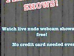 Superbe girl webcam lui montrant corps gentil webcams en direct