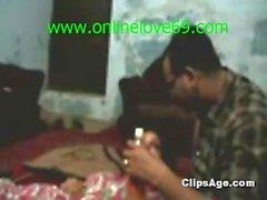 indiano ragazzo Sumal scopa suoi servi figliuola - onlinelove69