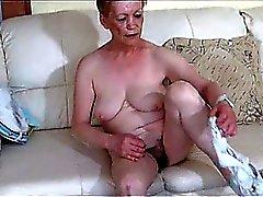 Solo BBW Granny masturbate