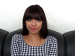 Mignon 18 Year Old Latina Le Casting Couch !
