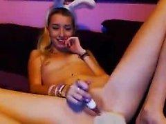 Bunny juega para ti en cam - más videos en sexycams8 org