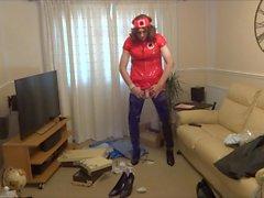Red PVC нюни наряд и блестящего черного Crotch Boots