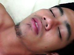 Gay ragazzi amanti asiatici barebacking close up